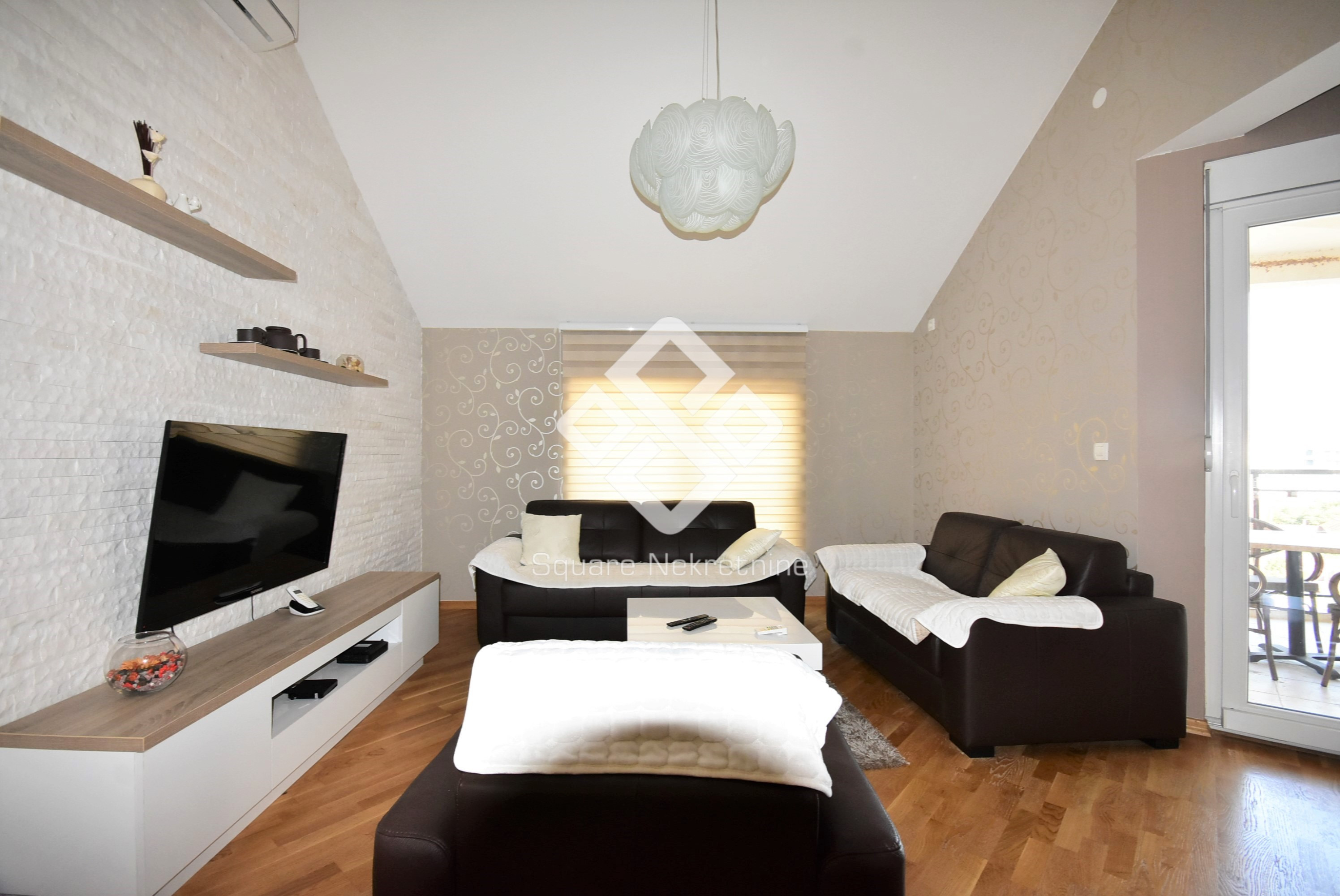 Dvosoban duplex 90m2, namjesten + garaza, Ljubovic