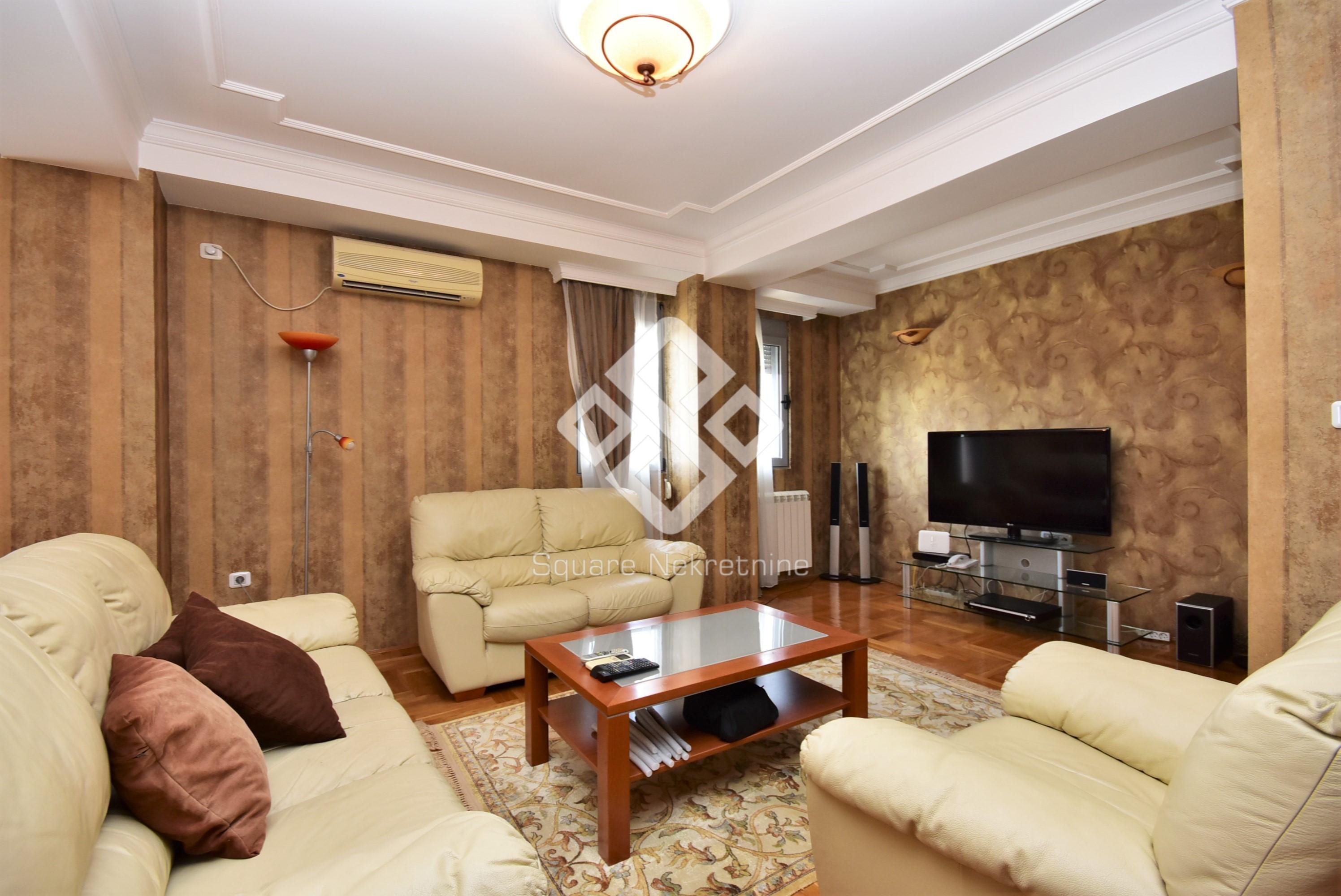 Dvosoban stan 88m2, namjesten + garaza, Gorica C