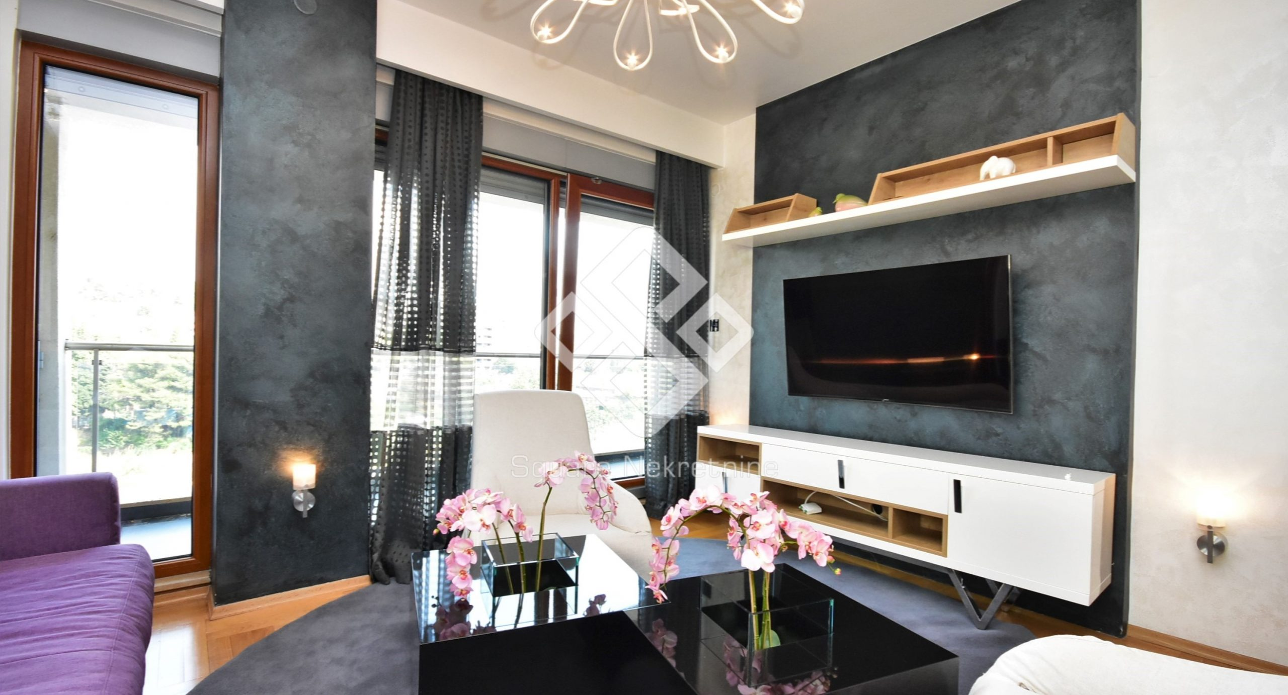 Dvosoban stan 72m2, lux namjesten + garaza, Preko Morace